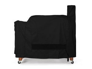 product_images/traeger-smoker-cover-classic-black_fullsize.jpg?width=300