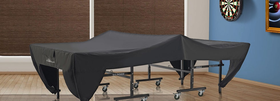 Covered game table